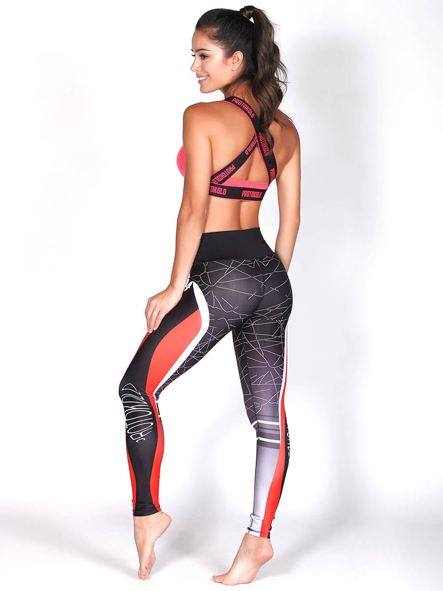 Alanic Activewear is a one-stop destination for the BEST women and mens fitness clothing online. From fitness bras, t-shirts and leggings to jackets, trousers, shorts and capris – we offer EVERYTHING in premium quality and at low price.
